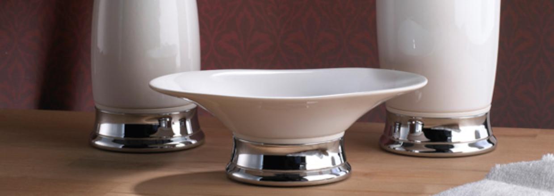 Badeværelsesudstyr - Sæbeholder - Sæbedispenser - Toiletrulleholder - Toiletrenser