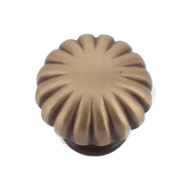 Furniture Button 168 - Brass - worn 25/30 mm