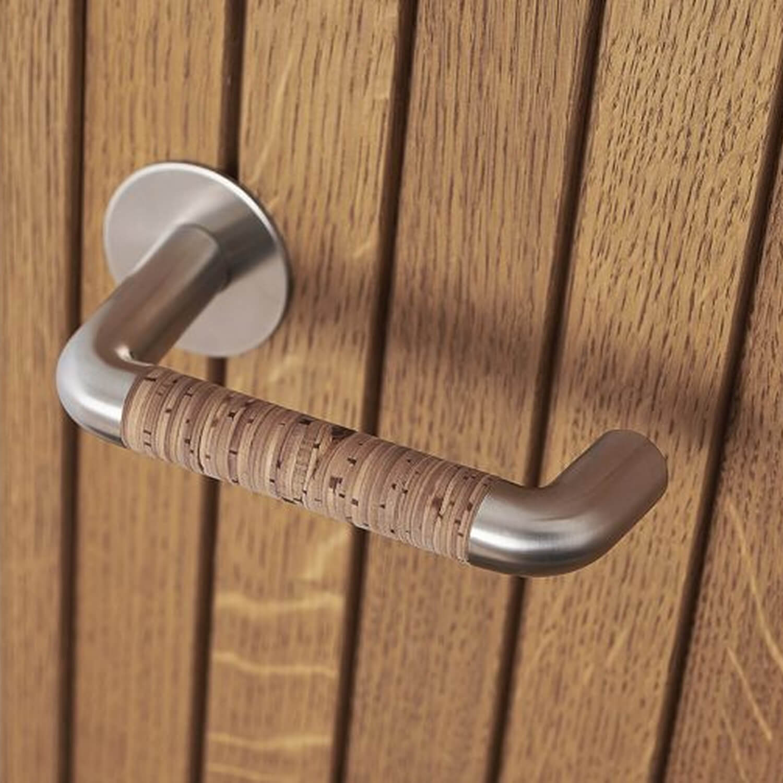 Randi door handle NORDIC Steel and Birch Bark - Brushed steel door handle - VillaHus.co.uk & Randi door handle NORDIC Steel and Birch Bark - Brushed steel door ...
