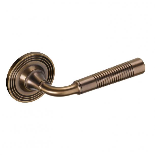 Klamka do drzwi - Mosiądz antyczny 111 mm (P6057)
