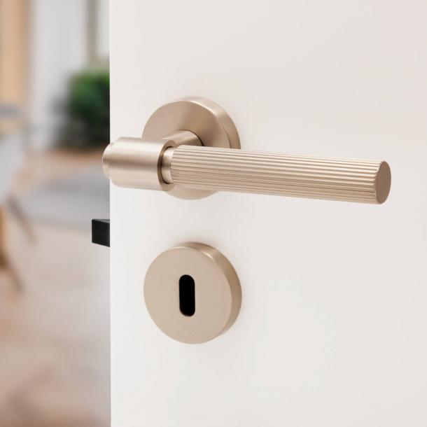 Beslag Design Door handle - Stainless steel - Model HELIX 200 STRIPE