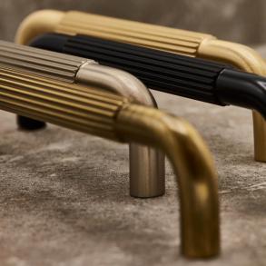 Beslag Design Cabinet handle - Model Helix Stripe 128/160/224 mm