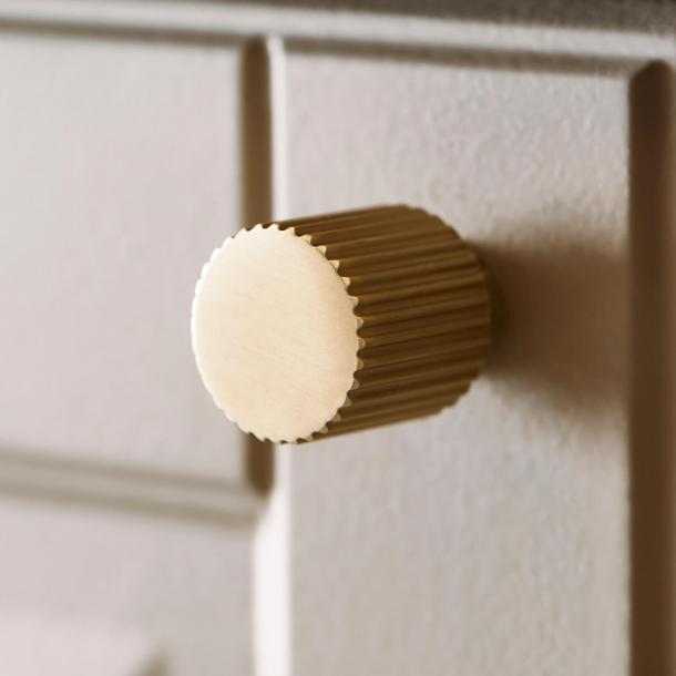 Beslag Design Cabinet knob - Brass - Model Helix Stripe