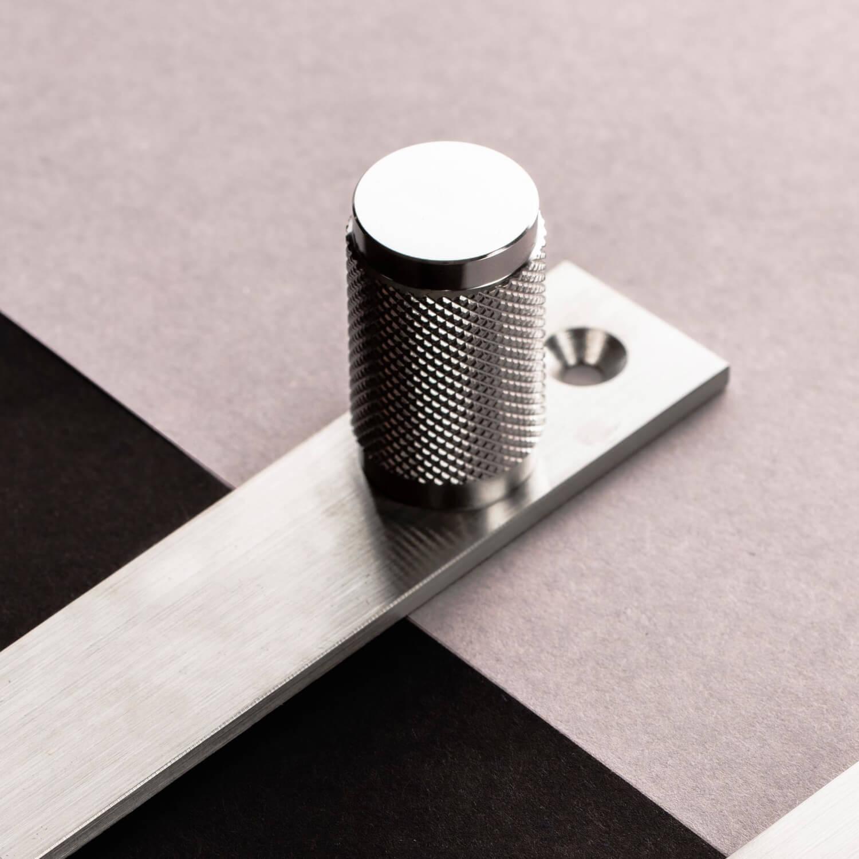 Buster+Punch møbelnopper - Messing - Stål - Sort - Bronze - VillaHus