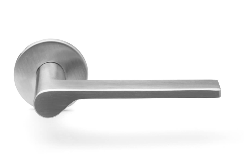 Brushed Steel Door Handle Onen Collection Snap On
