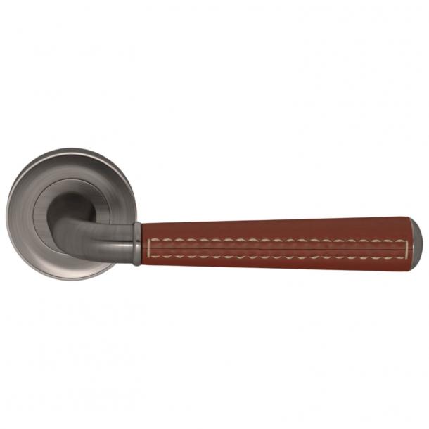 Turnstyle Design Door Handle - Chestnut leather /  Vintage nickel - Model CF2992