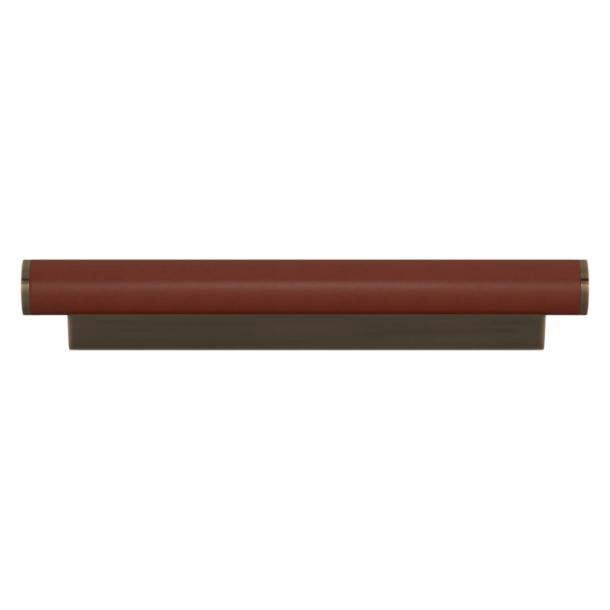 Turnstyle Designs Møbelgreb - Kastanjefarvet læder / Antik messing - Model R2231