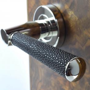 Door handles - Model D2005 Turnstyle Design