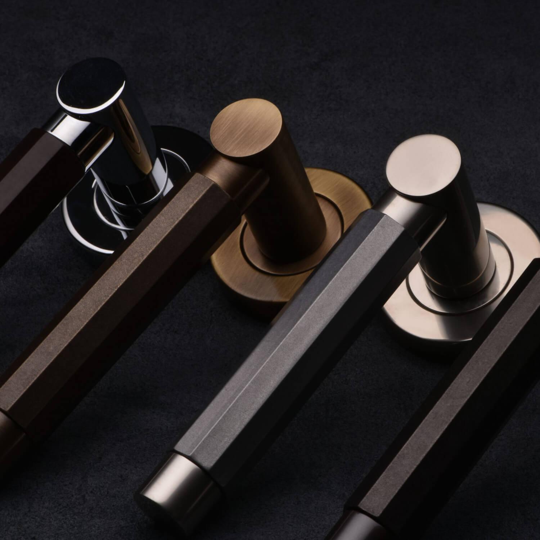 Dørgreb - Turnstyle designs - Læder og metal