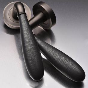 Door handles - Model DF3290 Turnstyle Design
