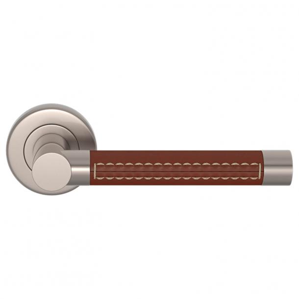 Turnstyle Design Door handle - Chestnut leather / Brushed nickel - Model R1024