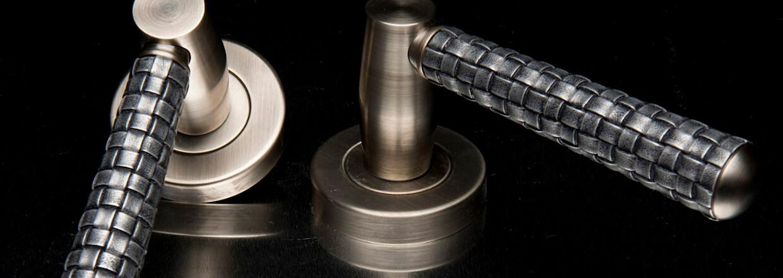 Turnstyles Design Dørgreb, Dørhåndtag, Møbelgreb og Skydedørsbeslag