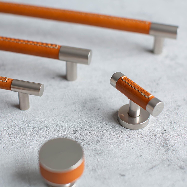 Turnstyle Design møbelgreb - Læder og metal - VillaHus
