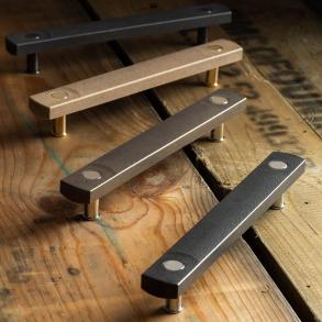 Turnstyle Design Cabinet Handle - HICKORY - Amalfine - Model E3700