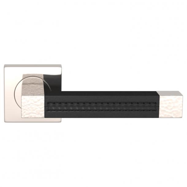 Turnstyle Design Dørgreb - Black leather / Polished nickel - Model HR1025