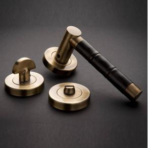 Door handles - Model P2856 Turnstyle Design