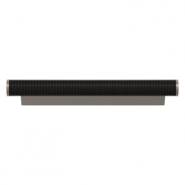 Uchwyt do mebli - Amalfine z czarnego brązu / Nikiel satynowy - Turnstyle Designs - Model P3170