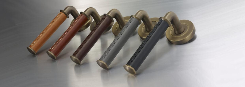 Turnstyle Design dørgreb - Læder og bruneret messing - VillaHus