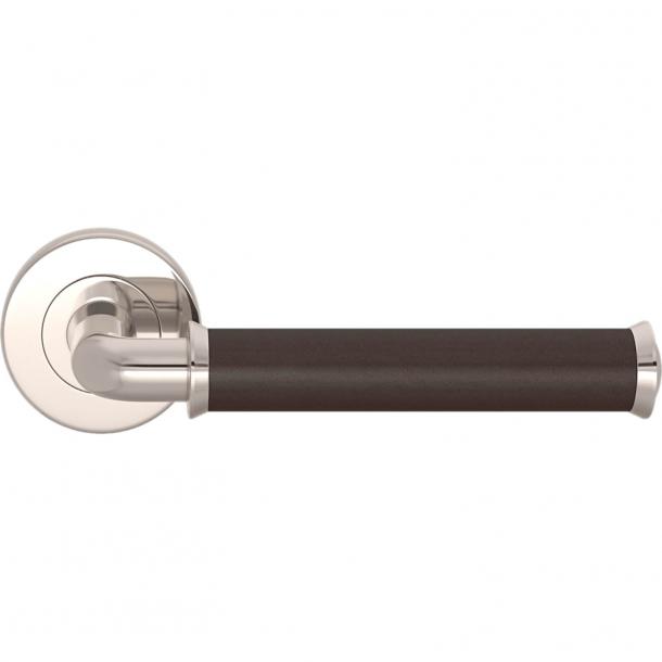 Turnstyle Designs Dörrhandtag - Chokladfärgat läder / Polerat nickel - Modell QL2242