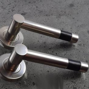Door handles - Model R1020 Turnstyle Design