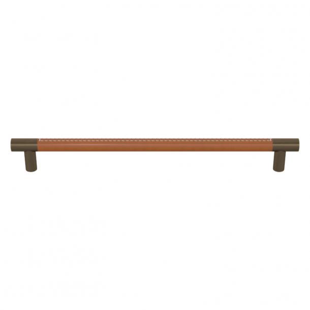 Turnstyle Designs Møbelgreb - Solbrunt læder / Antik messing - Model R1512