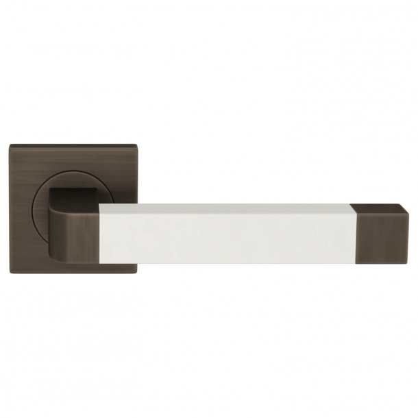 Turnstyle Design Door handle - White leather / Vintage patina - Model R2030