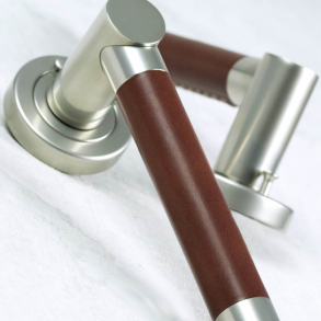 Door handles - Model R3083 Turnstyle Design
