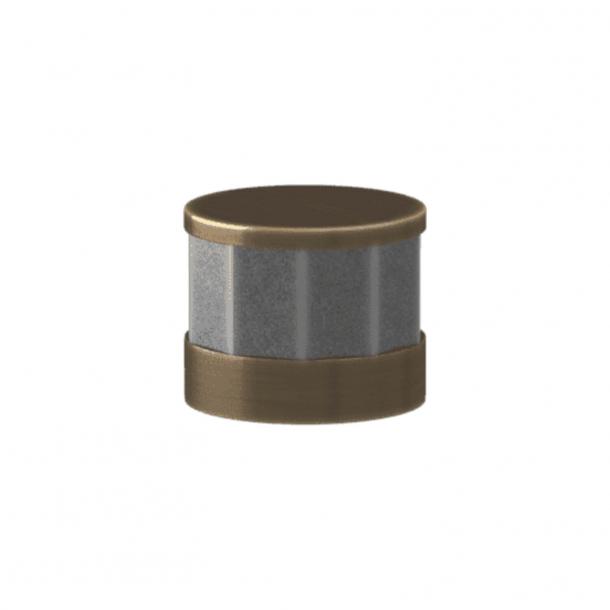 Turnstyle Designs Cabinet knob - Alupewt Amalfine / Antique brass - Model P8742
