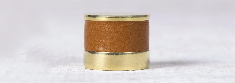 Møbelknopper - Læder - Turnstyle Designs - Blank krom - Satin nickel - Poleret nikkel - Poleret messing - Antik messing - Vintage nikkel - Vintage patina - VillaHus