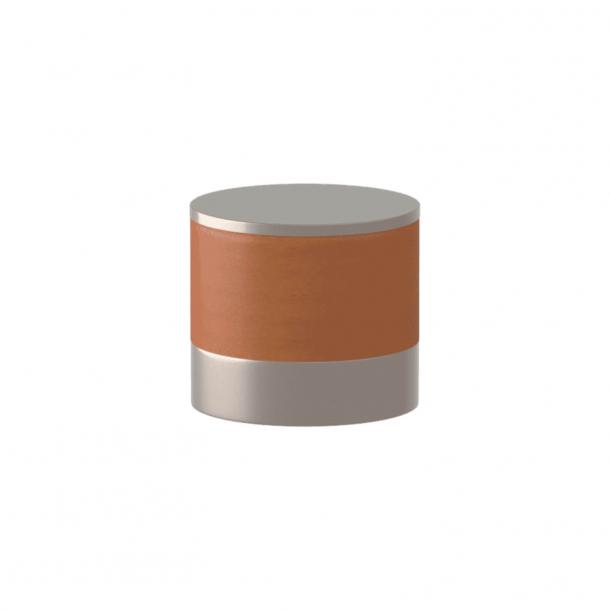 Turnstyle Designs Cabinet knob - Tan leather / Satin nickel - Model R9202