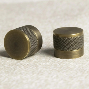 Turnstyle Designs cabinet knob model S1184