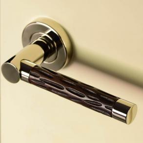 Door handles - Model P1015 Turnstyle Designs