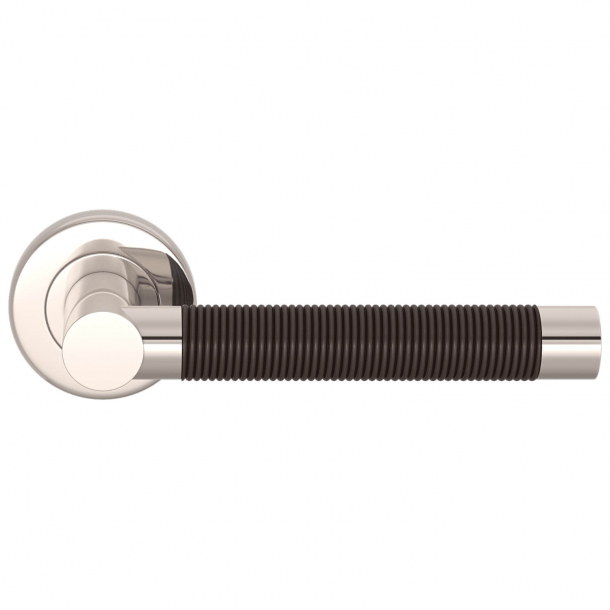Turnstyle Design Dörrhandtag - Amalfine - Kakao färgad / Polerat nickel - modell WIRE