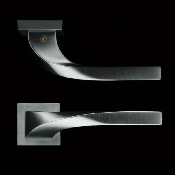 Fusital door handle by VillaHus